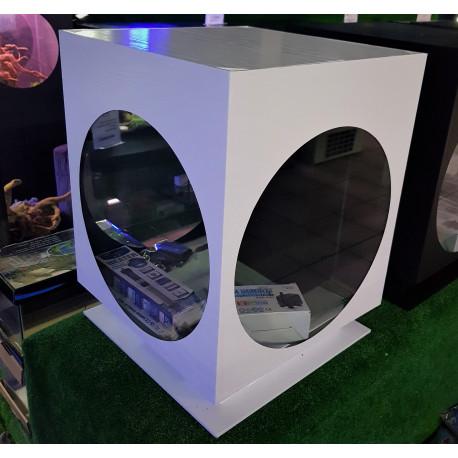 Aquarium Cube Hublot sur socle Blanc 40 x 40 x 45 cm  70 litres